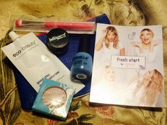Totally Oblivious Beauty: Unboxing! Ipsy January 2015 Fresh Start!