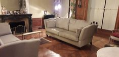 A pair of bespoke traditional Knole sofas with high loose arms measuring 232 cm wide. They are covered in J Brown fabric - Chelsea marble. Knole Sofa, Sofa Bed, Couch, Bespoke Sofas, Cushion Filling, Cribs, Chelsea, Marble, Sofa