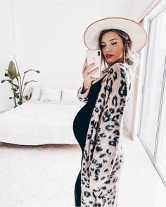 Cute Maternity Outfits, Stylish Maternity, Maternity Pictures, Maternity Wear, Maternity Fashion, Maternity Clothing, Pregnancy Fashion, Maternity Style, Casual Pregnancy Outfits