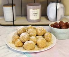 tvarohovo-krupicove gulky s ovocim (MK-domi. Breakfast, Food, Morning Coffee, Essen, Meals, Yemek, Eten