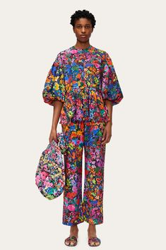Stripes Fashion, Daily Fashion, Floral Prints, Pants For Women, Creations, Peplum, Glamour, Style Inspiration, Studio