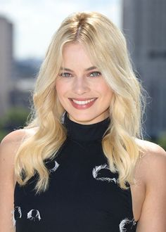All The Times Margot Robbie Has Aced It On The Red Carpet – Celebrities Woman Margo Robbie, Margot Robbie Age, Margot Robbie Husband, Atriz Margot Robbie, Actress Margot Robbie, Margot Robbie Harley Quinn, Margaret Robbie, Beautiful Celebrities, Beautiful Actresses
