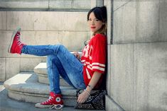 La vie en Rouge : HERO t-shirt! White Keds, Zara, Pull N Bear, Capri Pants, T Shirt, Outfit, Blog, Fashion, Great Words