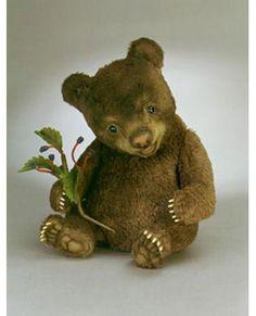 R. John Wright baby bear Tickles