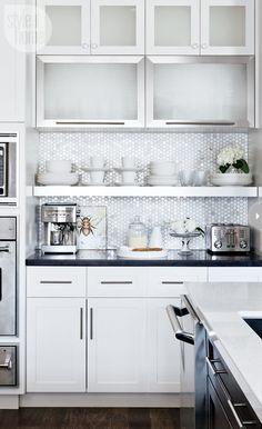 honeycomb-patterned marble kitchen backsplash