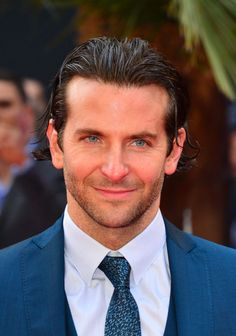 Bradley Cooper Photos – Bradley Cooper attends the UK premiere of 'The Hangover Part III' at the Empire Leicester Square in London. – 'The Hangover Part III' Premieres in London Bradley Cooper Haircut, Brad Cooper, Bradley Cooper Hangover, Cute Celebrities, Celebs, A Star Is Born, Matthew Mcconaughey, Film Serie, Gq