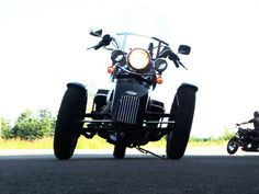Tilting Motor Works - High-performance leaning reverse trike kit for your Harley®