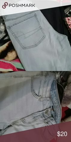 American eagle jeggings Size 4 super stretch light wash jeans love them a lot hardly ever wear them no holes or stains super cute American Eagle Outfitters Jeans Skinny