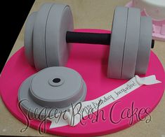 Body Builder Cake, Crossfit Cake, Gym Cake, Bolo Fit, 16 Birthday Cake, Sport Cakes, Cake Shapes, Sculpted Cakes, Novelty Cakes
