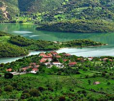 What a place on Earth! Mouria Gortynias, Arcadia ~ Peloponesse