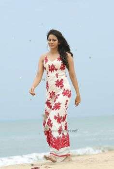Rakulpreet singh cute and hot bollywood Indian actress model unseen latest very beautiful and sexy images of her body curve south ragalhari . Indian Bollywood Actress, Bollywood Girls, Beautiful Bollywood Actress, Beautiful Actresses, Indian Actresses, Hot Actresses, Beautiful Girl Indian, Most Beautiful Indian Actress, Beautiful Gorgeous