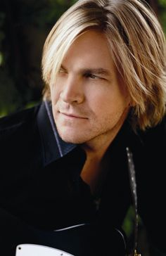 Jack Ingram - what can I say? I have loved his music since his first album - LIve @ Adair's So easy on the ears and eyes ♥ Music Tv, Music Bands, Live Music, Jack Ingram, Nick Jr, Country Music Artists, Country Men, Famous Men, Strike A Pose