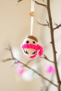Felt ball acorn snowman Christmas ornament by Owiekiddie on Etsy, €6.95  so cute!!!!!
