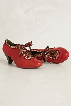 Gingham-Trimmed Oxford Heels #anthropologie can I please please please have these in time for Christmas??!?