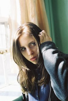 Emily Perkins as the reluctant lycanthrope Brigitte in Ginger Snaps Unleashed Ginger Snaps Movie, Katharine Isabelle, Lil Peep Beamerboy, Beautiful Freckles, Emo Princess, Love Movie, Horror Films, Scary Movies, Film Stills