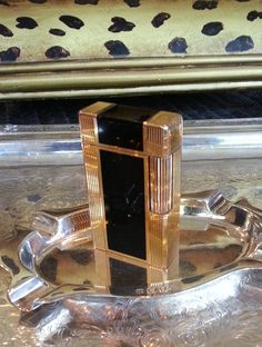 S. T. DUPONT Lighter  Windsor Style  18 k by STUNNINGCOLLECTIBLES