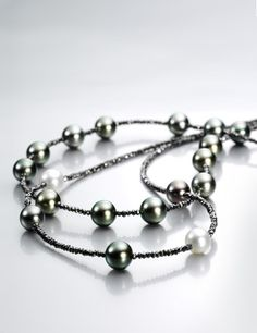 GELLNER - Black diamonds and Tahitian pearls...What's better than that?