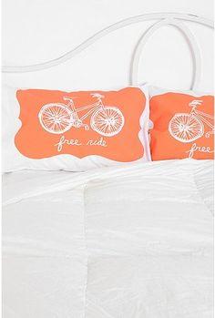 @zap_zip_zop :))  Free Ride Bike pillow cases. So innovative