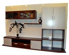 salón a medida en madera de fresno, en dos colores. Furniture, Home Decor, Dorm Rooms, Wood, Colors, Homemade Home Decor, Home Furnishings, Interior Design, Home Interiors