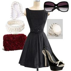 so cute, but I dont think I have the right body shape for the dress. =/