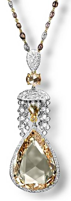 Carnet yellow diamond and diamond pendant
