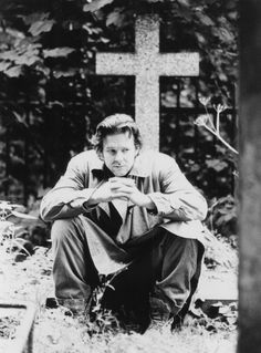 Mickey Rourke in A Prayer for the Dying