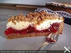 Zwetschgen – Käse – Kuchen Plum – cheese – cake, a great recipe from the category baking. Cupcake Recipes, Snack Recipes, Snacks, Cheesecake Recipes, Food Cakes, Gateaux Cake, Fall Desserts, Sweet Cakes, Ice Cream Recipes