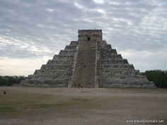 photos of Chichen Itza ruins Maya ruins Yucatan Mexico