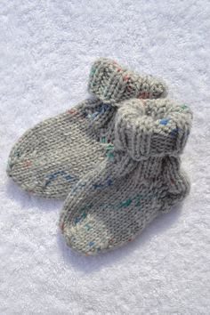 Wool Socks, Bunt, Knitted Hats, Winter Hats, Knitting, Accessories, Etsy Shop, Fashion, Hand Knitting