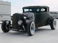 Old school Ford...needs fatties in rear