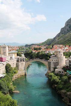 What to Do in Mostar, Bosnia - thekittchen https://link.crwd.fr/Vfi #travel #travelblogger #bloggerlife #travelblogging #travelblogs #wander