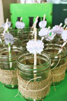 Cute mason jar glasses with burlap trim