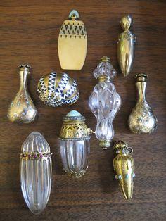 Collection of Fabergé Perfume Bottles Antique Perfume Bottles, Vintage Perfume Bottles, Art Nouveau, Art Deco, Perfumes Vintage, Faberge Eier, Beautiful Perfume, Glass Bottles, Wine Bottles