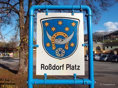 On my urban walk through Kindberg, I came across the coat of arms of Roßdorf. This is a place near Darmstadt in Germany. I love the dreamy moon in these city arms. Why is this coat of arms displayed in … Continue reading → Saxony Anhalt, Rhineland Palatinate, Lower Saxony, North Rhine Westphalia, Germany And Italy, Coat Of Arms, Bavaria, City, Brandenburg