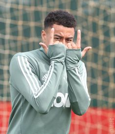 Jesse Lingard of Manchester United in action during a first team. Jesse Lingard, Manchester United Training, Manchester United Football, Housewarming Party, Lingard Manchester United, Michael Carrick, Manchester United Wallpaper, Soccer Skills, Soccer Tips