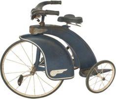very interesting & rare art deco tricycle | More on the myLusciousLife blog: www.mylusciouslife.com