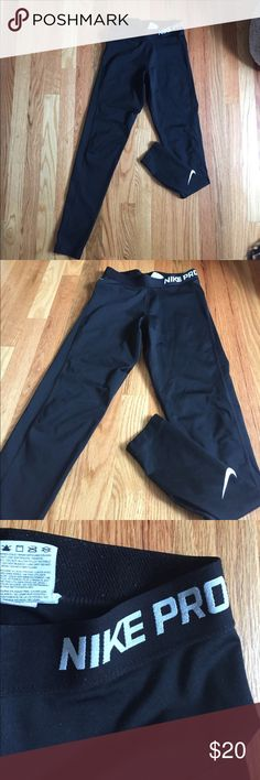Nike pro running leggings Barely worn with no flaws. Very comfortable for running and working out! Material:80% polyester and 20% spandex Nike Pants Leggings