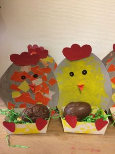 Paasmandje gemaakt door peuters en baby's eastercraftsfortoddlers Easter Activities, Toddler Activities, Spring Crafts For Kids, Kids Crafts, Wooden Board Games, Diy Ostern, Easter Art, Mothers Day Crafts, Kids And Parenting