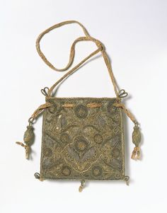 Jacobean drawstring purse with beads to cinch it. Embroidered and sweet.