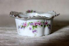 antique small dish finger bowl condiment  // by umbrellafant, $14.00