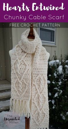 This trendy chunky crochet cable scarf is sure to add some style to your cold weather wear this winter. It is made with super bulky yarn and features a twisted heart cable pattern on each end. Chunky Crochet Scarf, Crochet Cable, Crochet Beanie, Love Crochet, Crochet Scarves, Crochet Clothes, Crochet Hats, Crochet Hoodie, Crochet Afghans