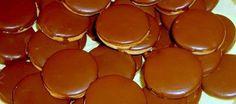 Prajitura isler Romanian Food, Eat Dessert First, Biscotti, Nespresso, Recipies, Deserts, Gem, Pudding, Cupcakes