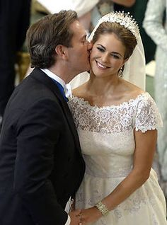 Wedding of Princess Madeleine -- totally in love with her dress!