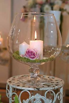 Over 40 beautiful wedding reception candle ideas with pictures to inspire you to create your own wedding table candle centerpiece. Candle Wedding Centerpieces, Wedding Decorations, Table Decorations, Romantic Candles, Candle Lanterns, Candels, Wedding Table, Wedding Ceremony, Decorating Tips