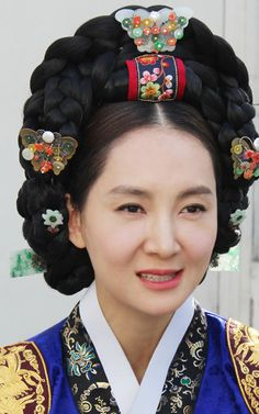 Korean Traditional Hairpick by NASCHENKA