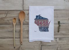 Hey, I found this really awesome Etsy listing at https://www.etsy.com/listing/228444962/wisconsin-home-tea-towel-vintage-license