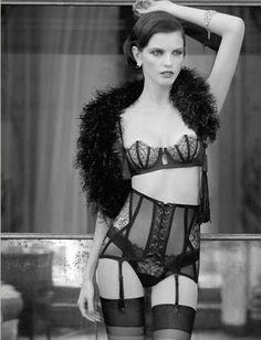 ee4a36e8681 La Perla - The Roaring Collection ~ Frou Frou Fashionista - Luxury Lingerie  Blog for Faire