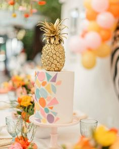 Tutti Frutti, How To Make Cake, Special Occasion, Bridal Shower, Table Decorations, Fruit, Cool Stuff, Instagram, Home Decor