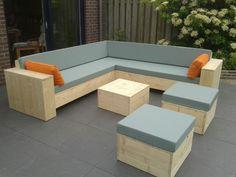 New Wood Patio Decor Diy Pallet Ideas Diy Pallet Sofa, Outdoor Patio Furniture, Diy Furniture Plans, Diy Patio Furniture, Outdoor Furniture Bench, Patio Decor, Outdoor Patio Furniture Sets, Pallet Furniture Outdoor, Diy Outdoor Furniture