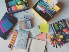 Coffee, Books, & Success | delthenerd:   33/100, taking a little study break...